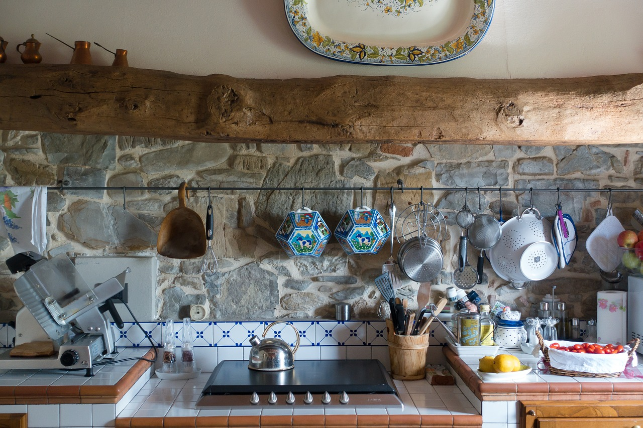 כלים ומטבח