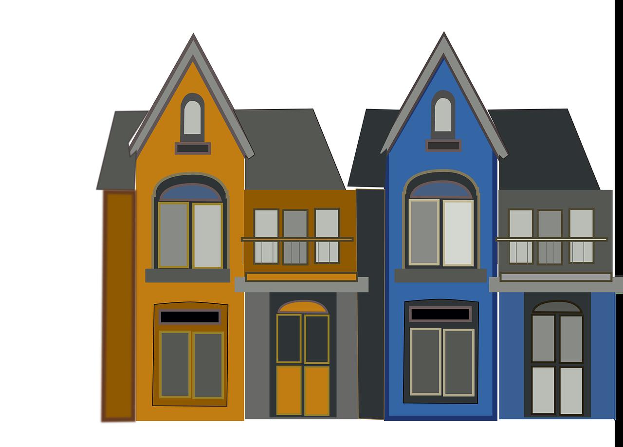 שני בתים למכירה