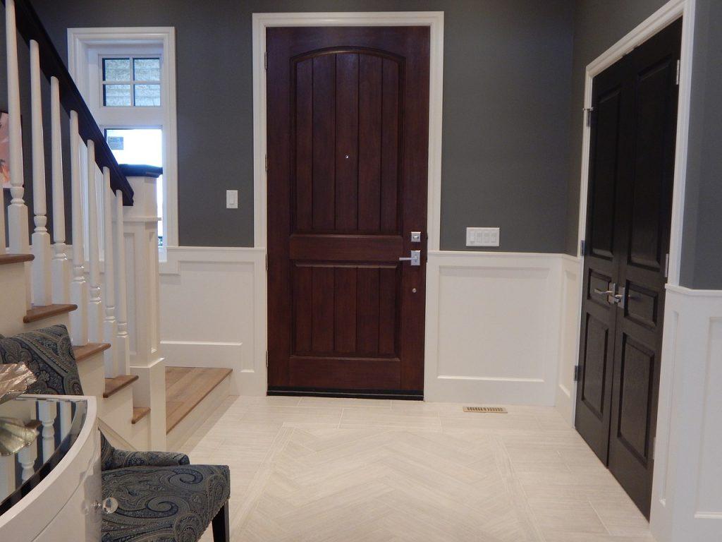 דלת של בית