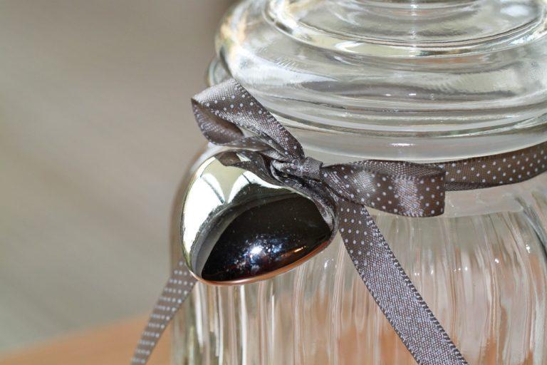 צינצנת זכוכית