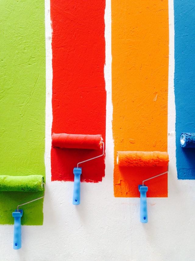 """4 מברשות עיצוב """" רולרים"""" בצבעים שונים לקיר - תמונה להמחשה"""